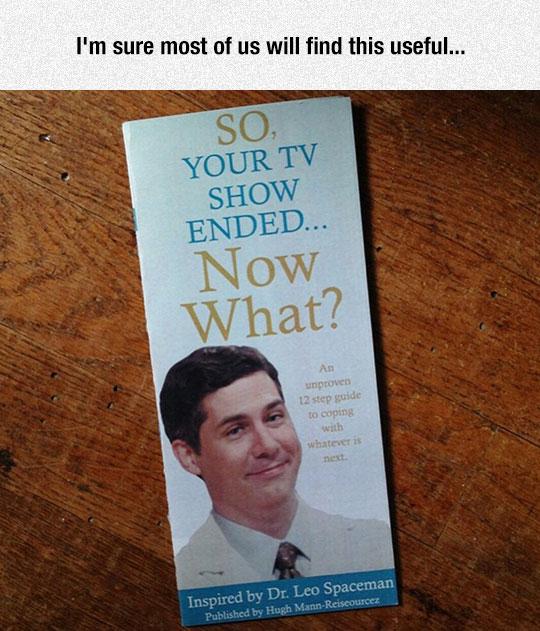 funny-pamphlet-TV-end-Chris-Parnell