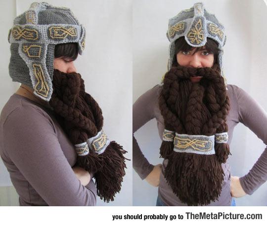 cool-Lord-of-The-Rings-crochet-helmet-beard