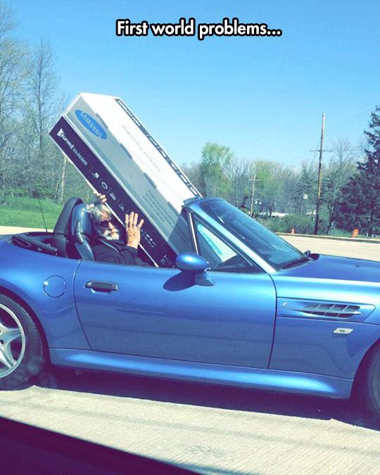funny-BMW-car-big-box-Samsung