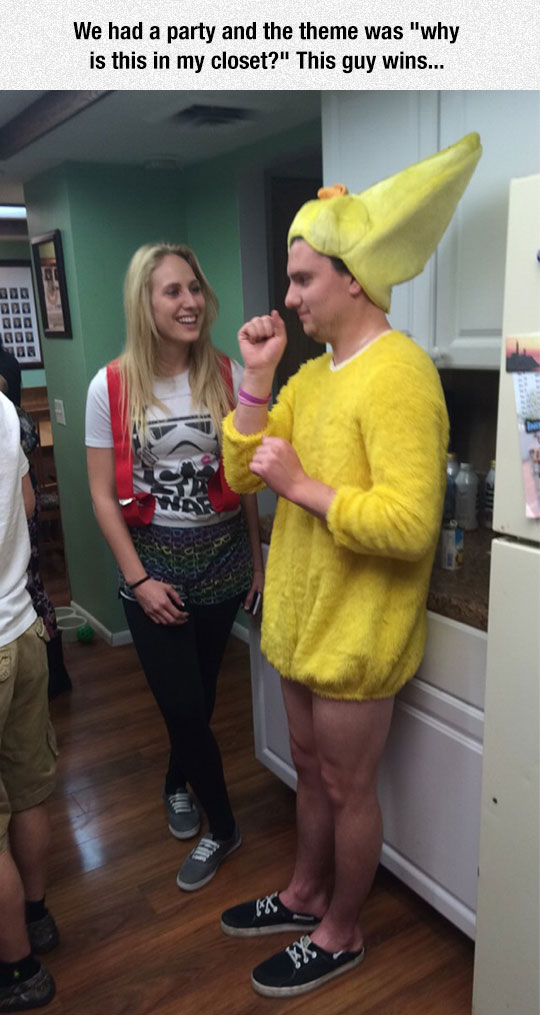 funny-banana-costume-party