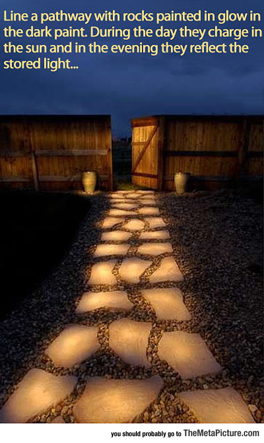 cool-pathway-rocks-glow-dark-paint-idea